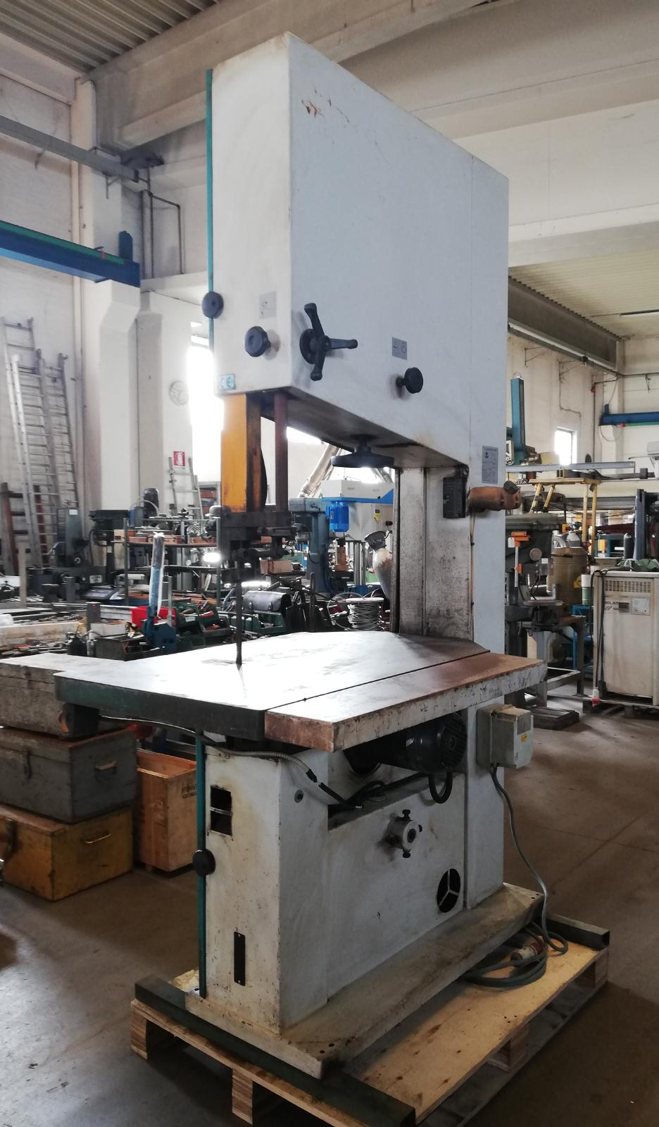 Vertical saw machine ACM