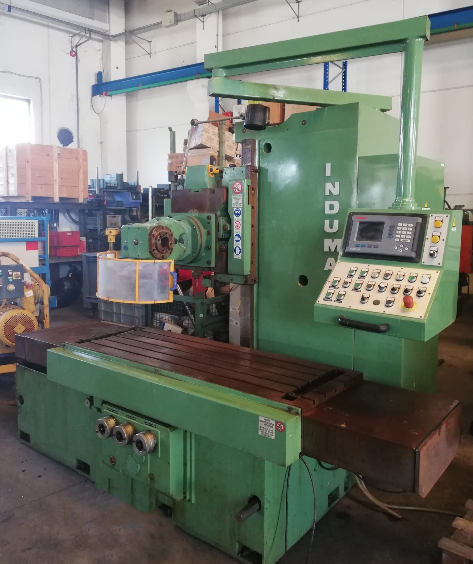 Milling machine INDUMA