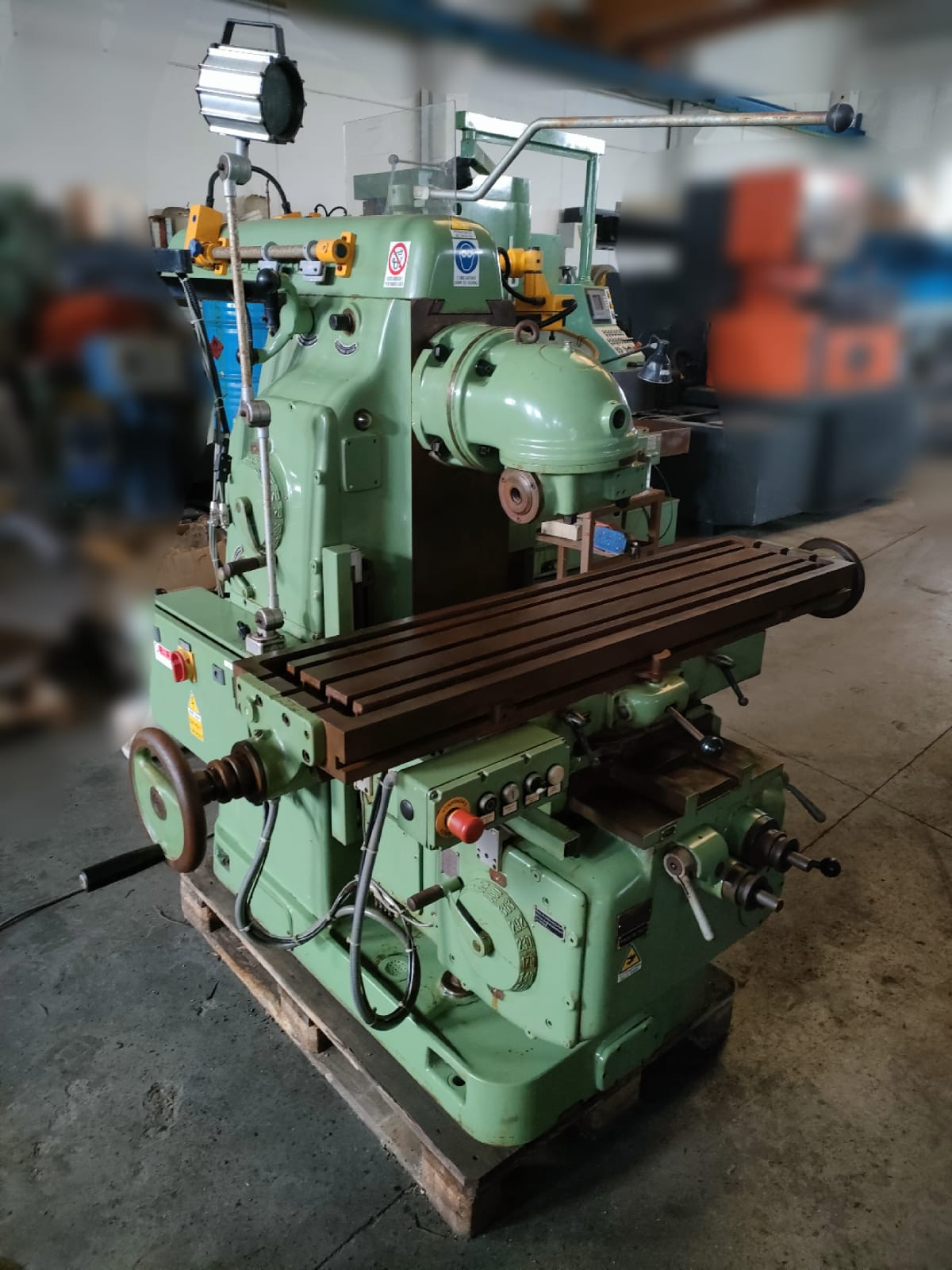 Milling machine MASERATI