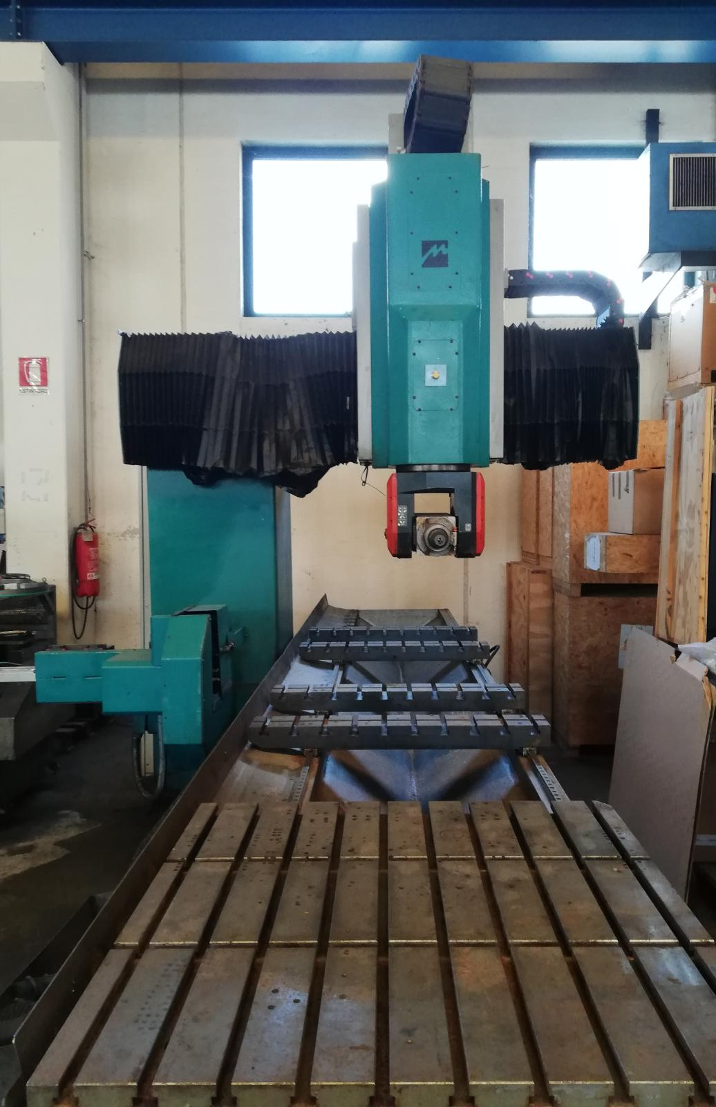 Milling machine  5 axes