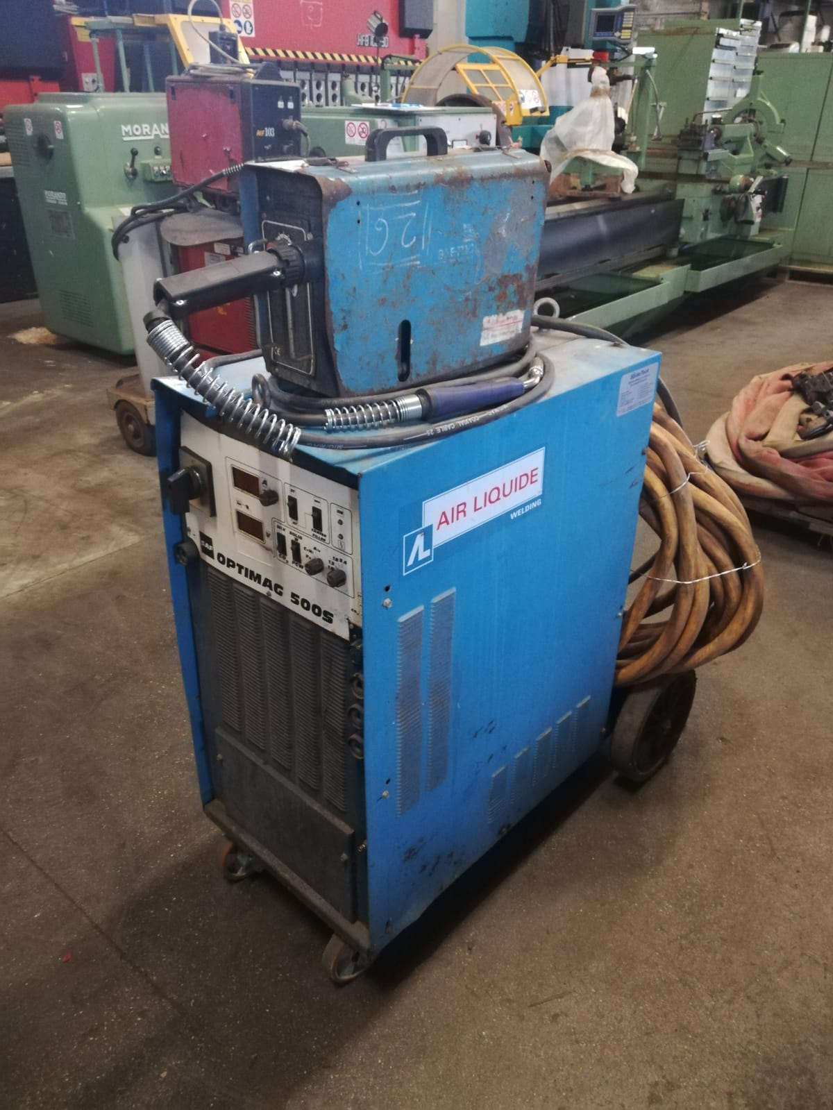 Wire welding SAF Optimag 520 A