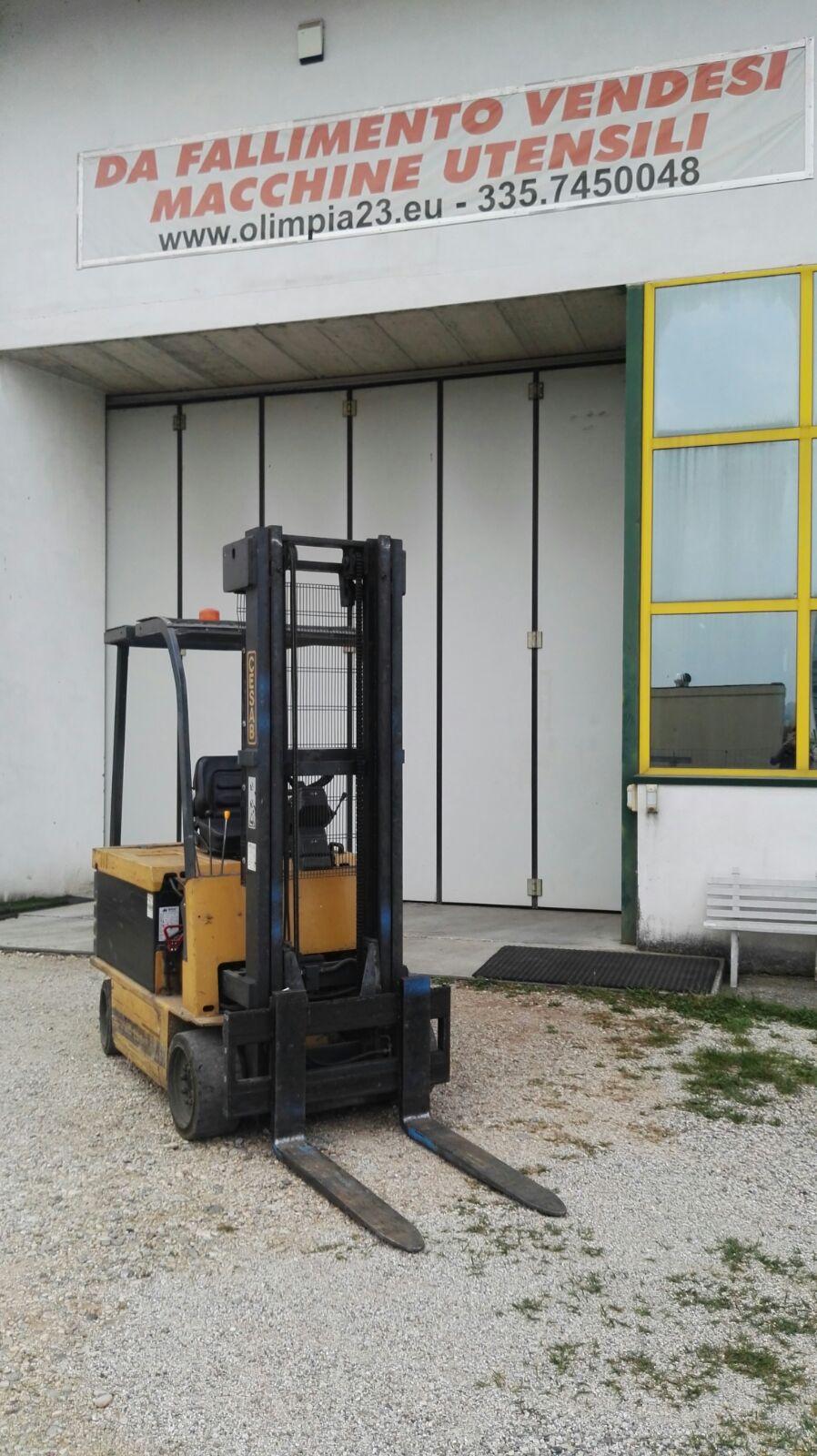 Forklift CESAB 25